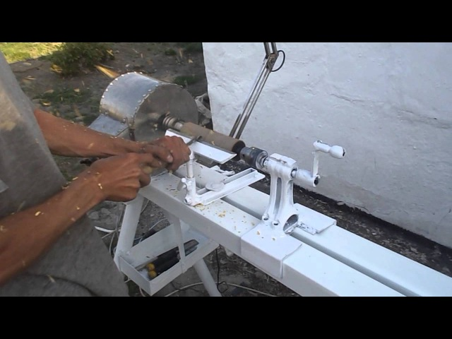 Токарный станок своими руками по дереву видео